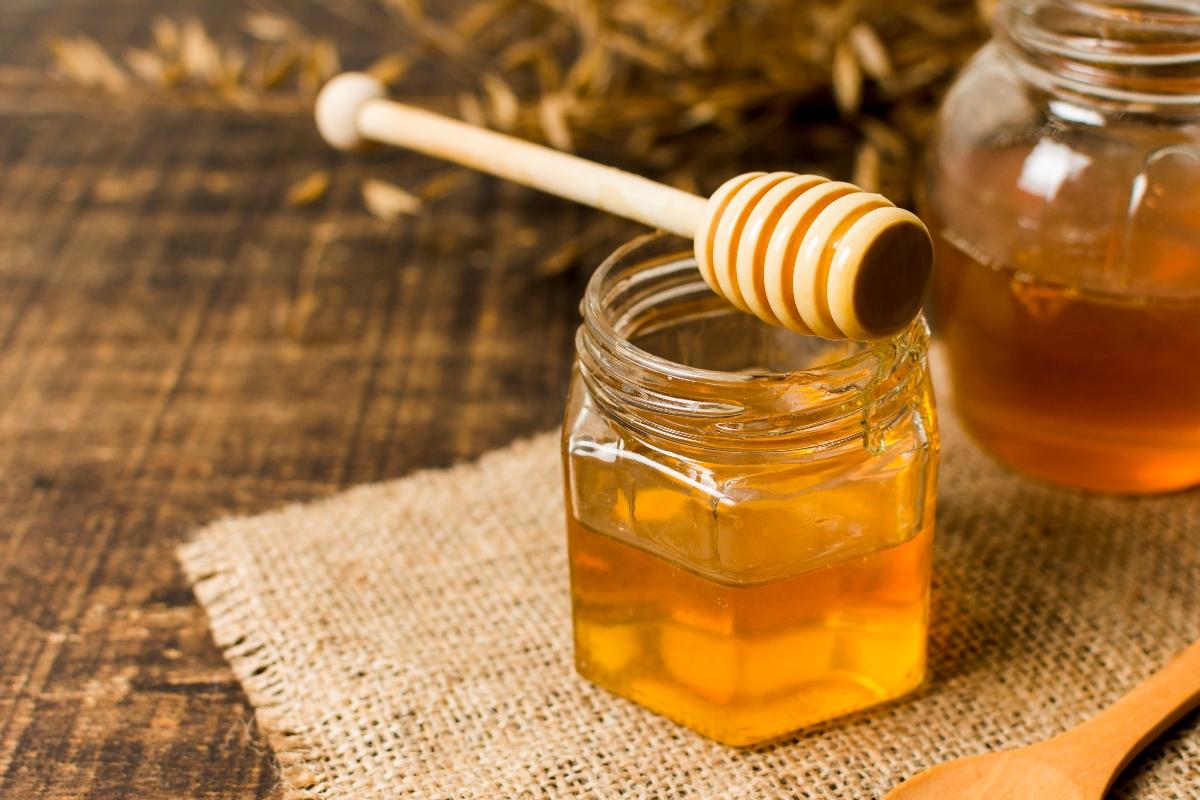 ประโยชน์ต่อสุขภาพของน้ำผึ้งและวิธีใช้